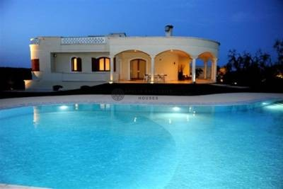 VILLA ANGELICA – VILLA WITH POOL OSTUNI APULIA