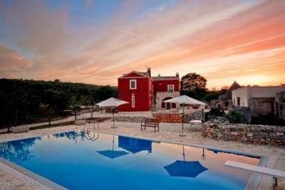 ANTIQUE MASSERIA WITH SWIMMING POOL IN CEGLIE MESSAPICA, APULIA