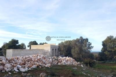 VILLA WITH SEA VIEW AND SWIMMING POOL TO BE BUILT IN CAROVIGNO, APULIA