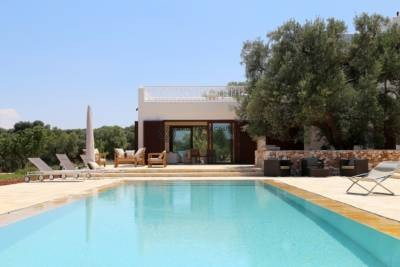 TENUTA LORZATA – BEAUTIFUL VILLA WITH POOL – CAROVIGNO