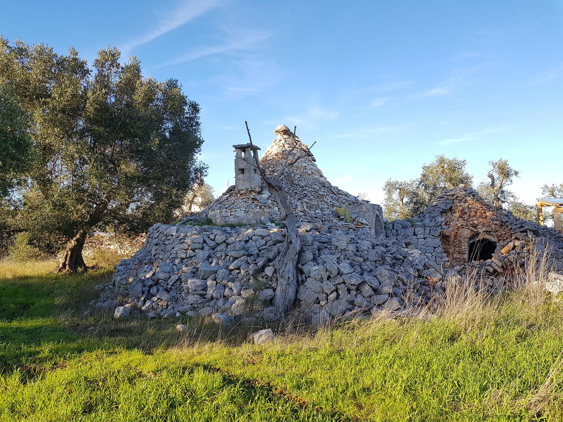 Trulli da ristrutturare ostuni puglia apulia houses