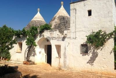 TRULLI FOR SALE – CASTELLANA GROTTE PUGLIA