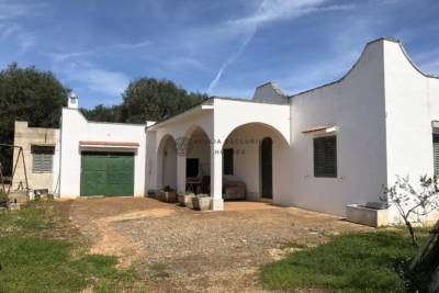 VILLA IN THE COUNTRYSIDE – OSTUNI PUGLIA