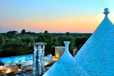 TRULLO ISABELL – TRULLO WITH POOL – OSTUNI
