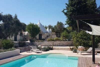 TRULLI WITH POOL IN OSTUNI
