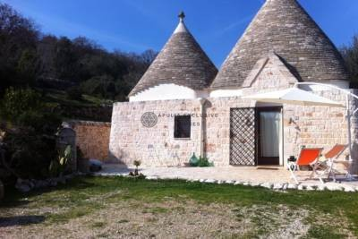 TRULLO RENOVATED IN OSTUNI