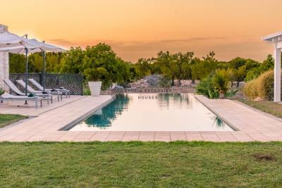 VILLA CINZIA – LUXURY VILLA WITH POOL IN CAROVIGNO