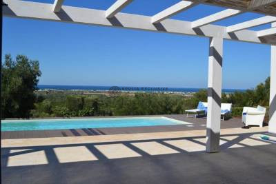 SEA VIEW VILLA WITH POOL IN CAROVIGNO