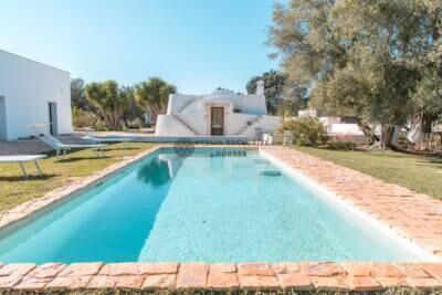VILLA KAIROS | Stylish Trullo e Lamia con piscina in Puglia